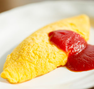 ホテルオークラJRハウステンボスの朝食出来立てほやほやオムレツ