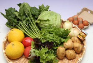 旬のお野菜+産みたて濃厚玉子6個